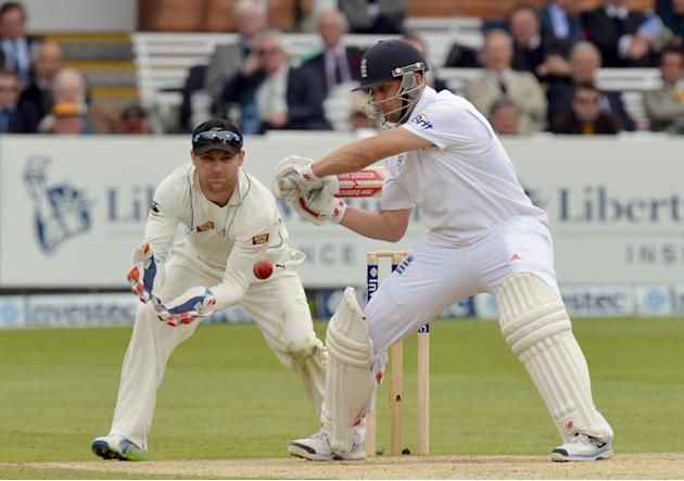 Cricket - Investec Test Series - First Test - Day Three - England v New Zealand - Lord's
