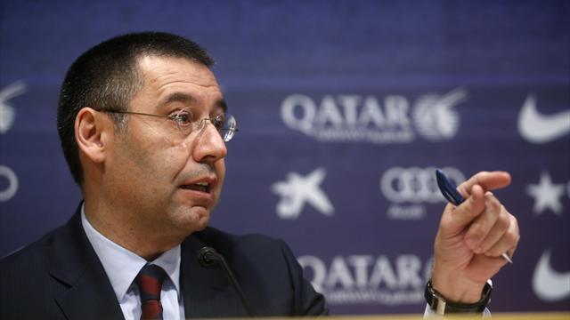 Liga - Barca president hits out at FIFA after transfer ban