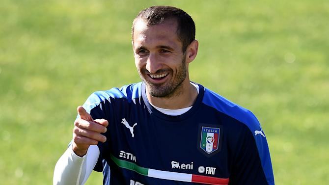 Defence can lead Italy to Euro success - Chiellini