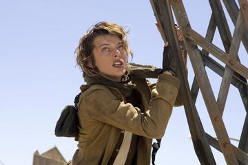 Milla Jovovich as Alice in Screen Gems' Resident Evil: Extinction