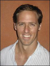 Nat Faxon Joins ABC Comedy Pilot 'Spy'