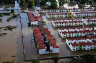 An aerial view of a flooded neighbourhood is seen in Acapulco September 17, 2013. REUTERS/Stringer