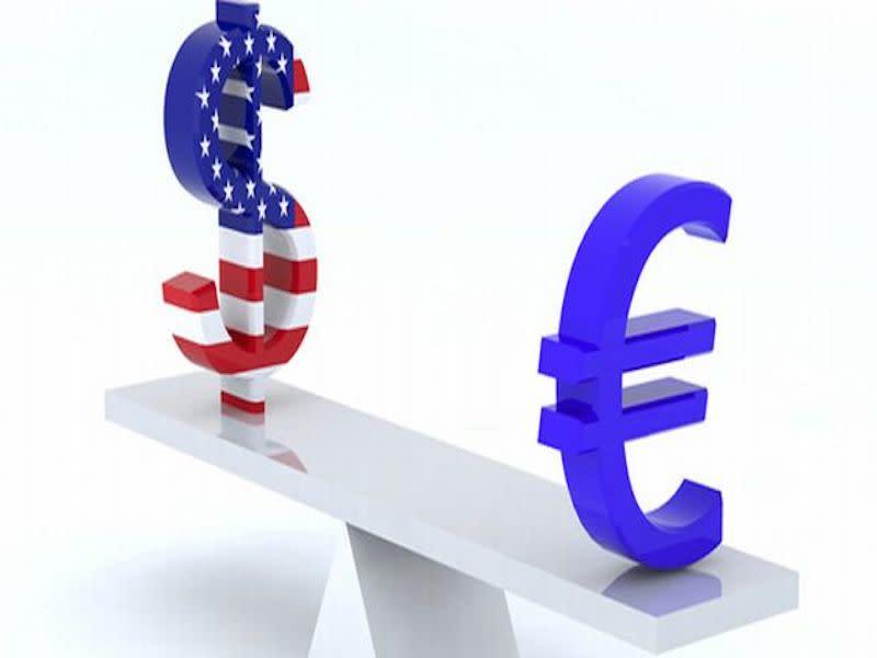 Coeuré (Bce) avverte su un possibile shock sui cambi