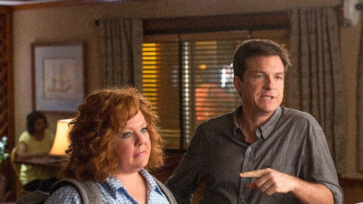 "This undated publicity image released by Universal Pictures shows Jason Bateman, right, and Melissa McCarthy in a scene from, ""Identity Thief."" (AP Photo/Universal Pictures)"