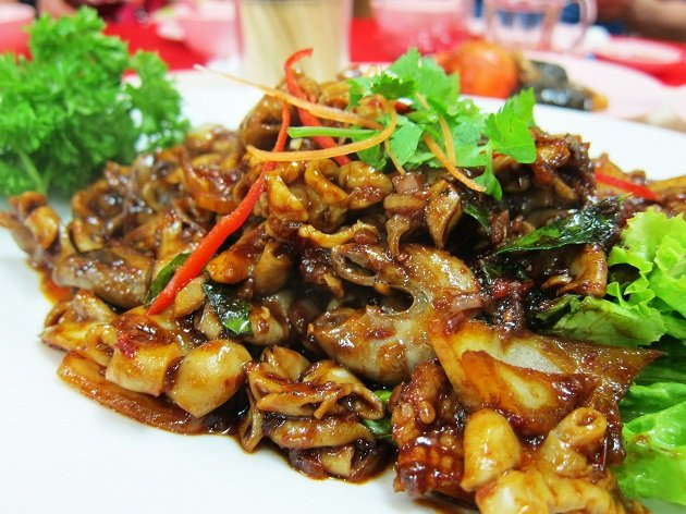 5 Wacky Foods in Singapore