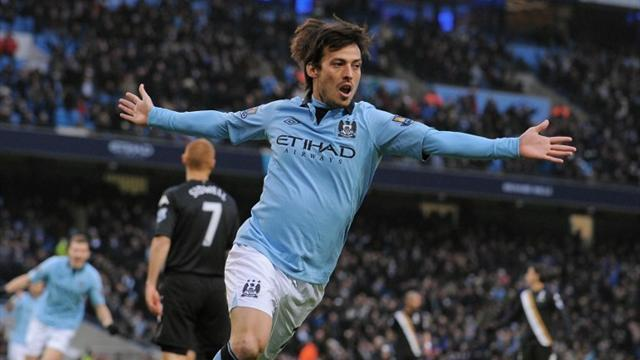 Premier League - Silva double helps City close gap on United