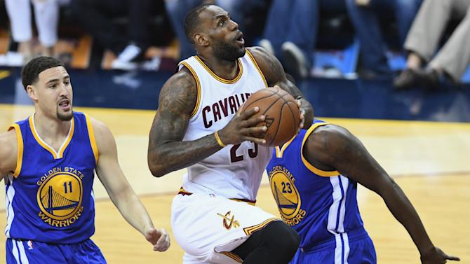 Cavs flex muscles to bounce back in NBA Finals - Yahoo Sport