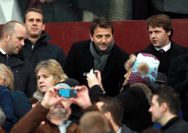 Aston Villa's manager Tim Sherwood (C, back row), pictured during a FA Cup match at Villa Park in Birmingham, central England, on February 15, 2015