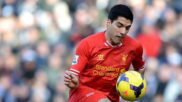 Premier League - Rodgers hails 'outstanding' Suarez