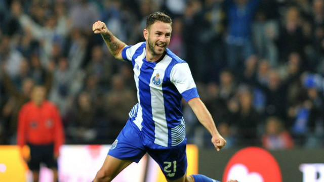 Layun calls for Porto response after loss