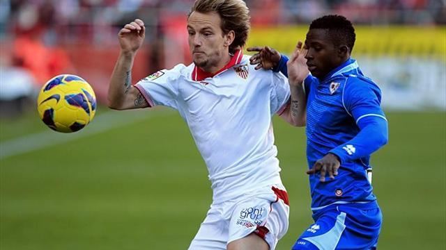 Spanish Liga - Sevilla edge Rayo, Malaga held by Zaragoza