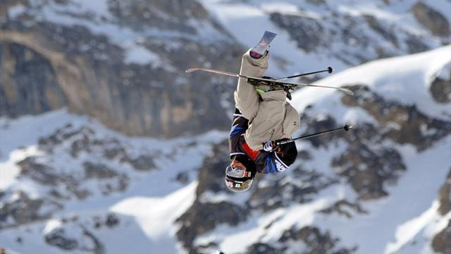 Freestyle Skiing - Woods wins silver in opening World Cup event