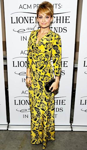 Nicole Richie Wows in Daring Yellow Dress While Honoring Dad Lionel
