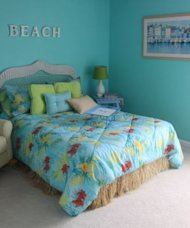 Low-cost decorating ideas for teen girls
