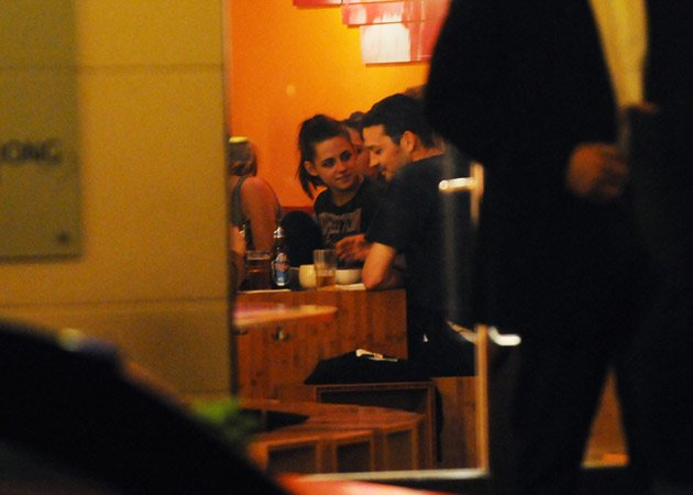 Kristen Stewart dinner date Robert Pattinson Berlin