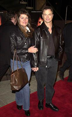Premiere: Gary Sinise and wife at the Westwood premiere of Dimension's Impostor - 12/4/2001