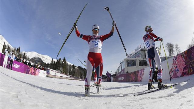 Cross-Country Skiing - Bjoergen closes gap on Johaug with Falun victory