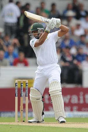 Alviro Petersen bats during day two of the second Test