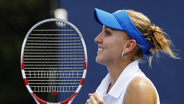 Tennis - Vesnina wins first WTA title in Hobart
