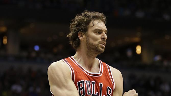 Chicago Bulls' Paul Gasol reacts against the Milwaukee Bucks during the first half of Game 6 of an NBA basketball first-round playoff series Thursday, April 30, 2015, in Milwaukee. (AP Photo/Jeffrey Phelps)