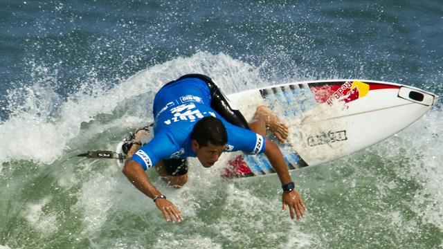 Surfing - De Souza out as Burton Toyota Pro moved to harbour