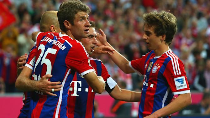 Bundesliga - Champions Bayern off to winning start against Wolfsburg