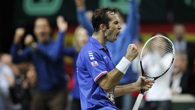 Davis Cup - Czechs go two up in Davis Cup semi with Argentina
