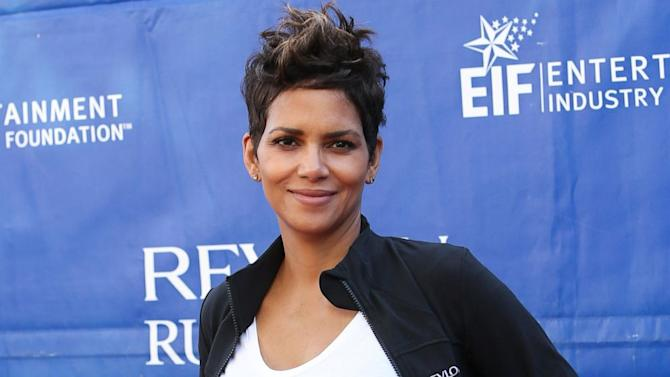 Halle Berry Lauds New Paparazzi Law Protecting Stars' Kids