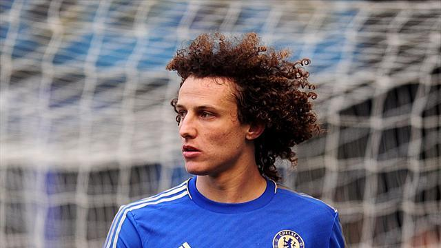 Football - Luiz craving more European glory