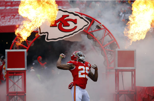 Chiefs' Berry to practice 8 months after cancer diagnosis