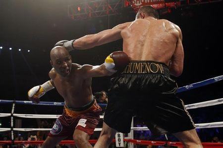 Boxing: Bernard Hopkins vs Beibut Shumenov