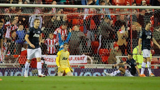 League Cup - Sunderland inflict another defeat on Man United in first leg