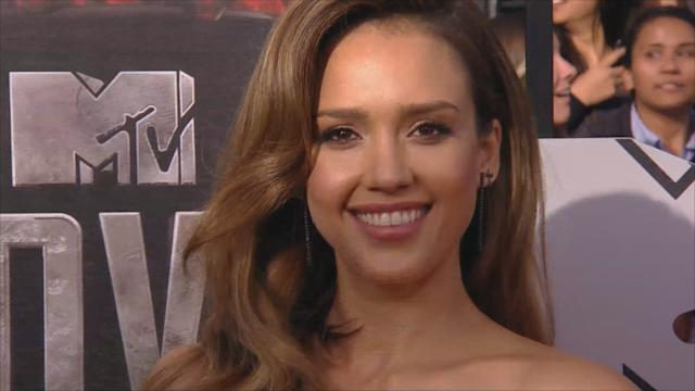 Jessica Alba: vanguardia y sensualidad en los MTV Movie Awards