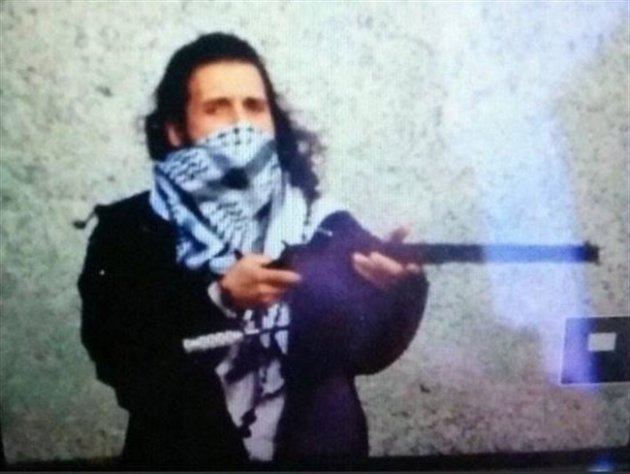 Michael Zehaf Bibeau is shown in this Twitter photo posted an Islamic State media account.