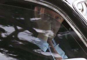 Shelly Sterling's lawyer Pierce O'Donnell gestures as he arrives at the court in Los Angeles