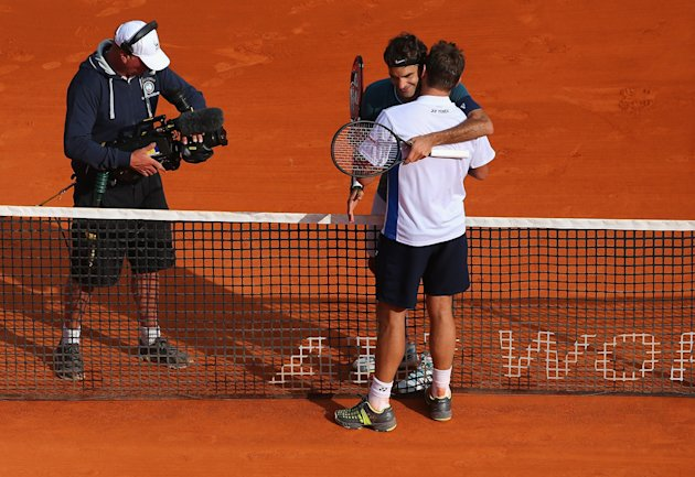 MONTE-CARLO, MONACO - APRIL 20: Stanislas Wawrinka of Switzerland is congratulated by Roger Federer of Switzerland in the final during day eight of the ATP Monte Carlo Rolex Masters Tennis at Monte-Carlo Sporting Club on April 20, 2014 in Monte-Carlo, Monaco. (Photo by Julian Finney/Getty Images)