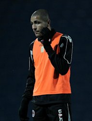 Leon Clarke has joined Scunthorpe on loan