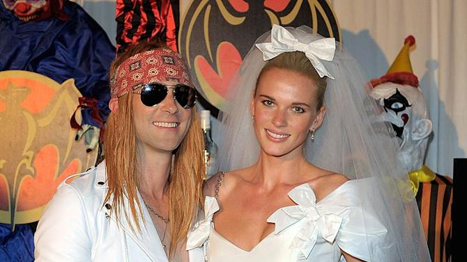 Levine AnneV Maroon HalloweenP Arty