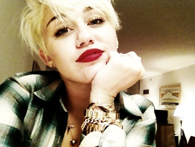Miley Cyrus new hair cut