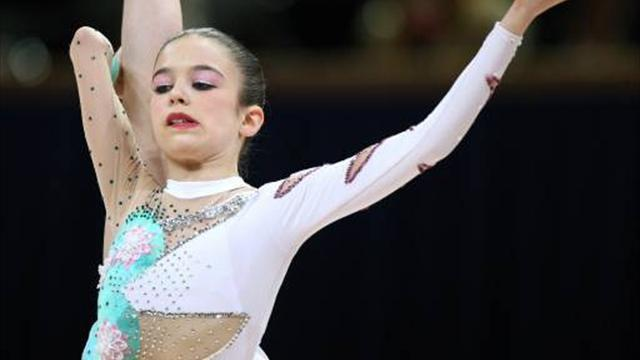 Gymnastics - Halford seizes chance to take national title