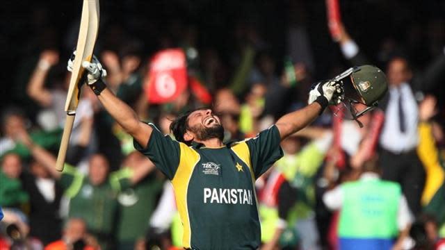 Cricket - Afridi rescues Pakistan again