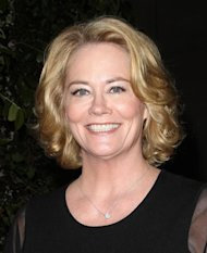 Cybill Shepherd engaged