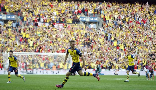 Arsenal beats Aston Villa 4-0 to defend FA Cup title