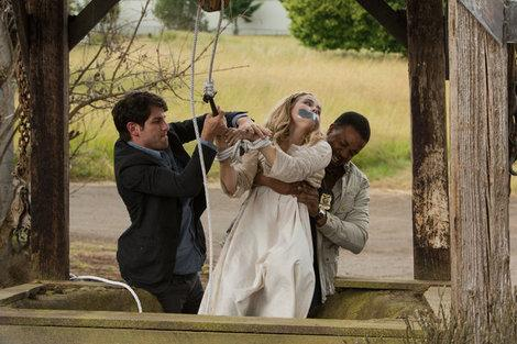 'Grimm' recap: Episode finds a 'Bad Moon Rising' over Hank's head