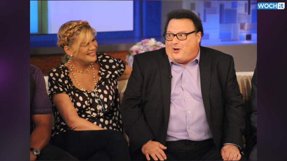 Calm Down Everyone, Wayne Knight Is Not Dead