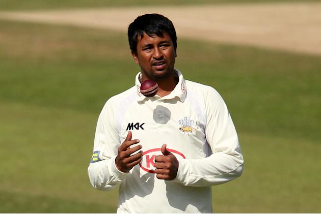 Pragyan Ojha claimed a wicket in the middle session as India took a slight advantage against New Zealand