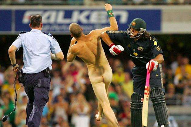Streaking is outlawed some parts of Australia, so here are 6 of the best