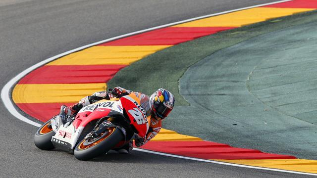 Motorcycling - Pedrosa hits front in final practice