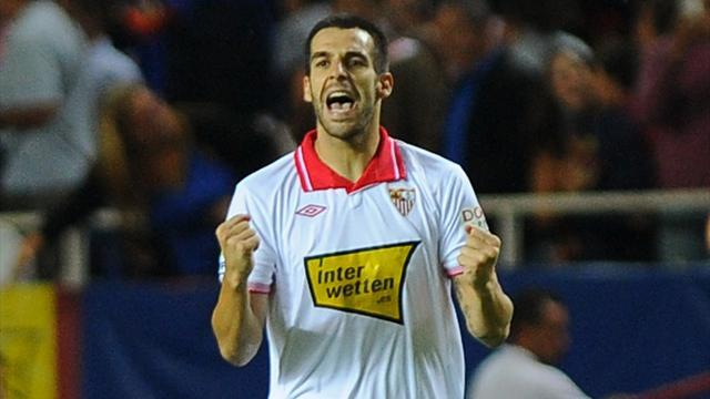 Liga - Sevilla hammer Espanyol, Zaragoza out of drop zone