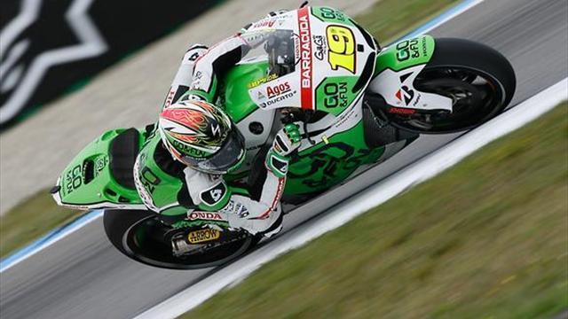 Motorcycling - Bautista fastest as Marquez crashes in Assen FP3